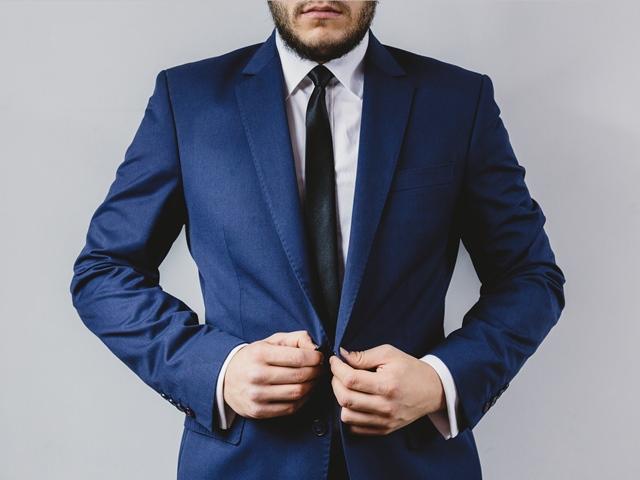 for web suit-portrait-preparation-wedding